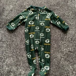 Green Bay Packers Footed Jammies. | 3 months